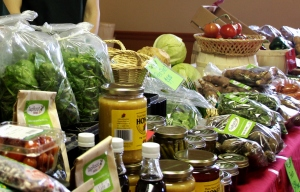 A stop at a local farmers' market for chutney or honey to add to your brie wheel -- yummy.